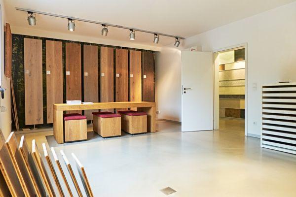 showroom-raum1DA3D5659-24B0-3709-0756-223764404A8B.jpg